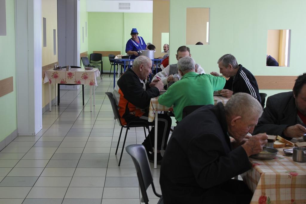 Дом престарелых город опочка как устроить бабушку в дом престарелых